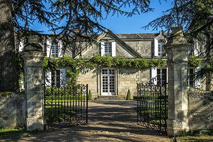 Vieux Château Certain