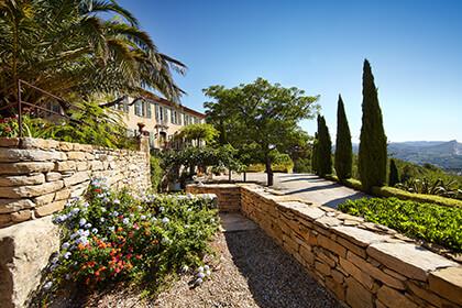 vue du château de Pibarnon à Bandol en Provence