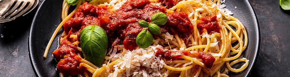 tomato-pasta-wine