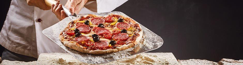 pepperoni-pizza-wine