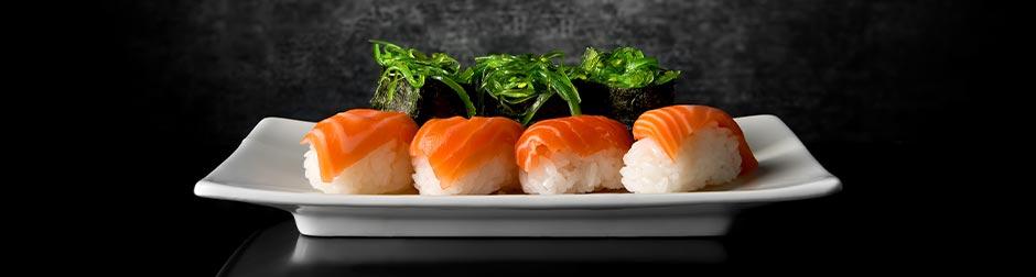 salmon-sushi-wine